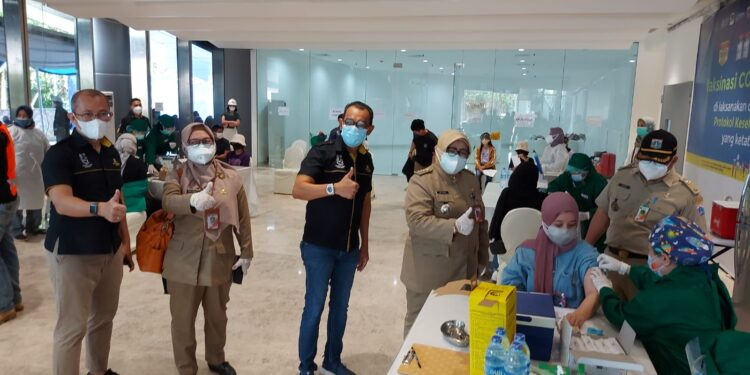 Sewa AC Untuk Vaksinasi Tower St.Regis Kuningan Jakarta